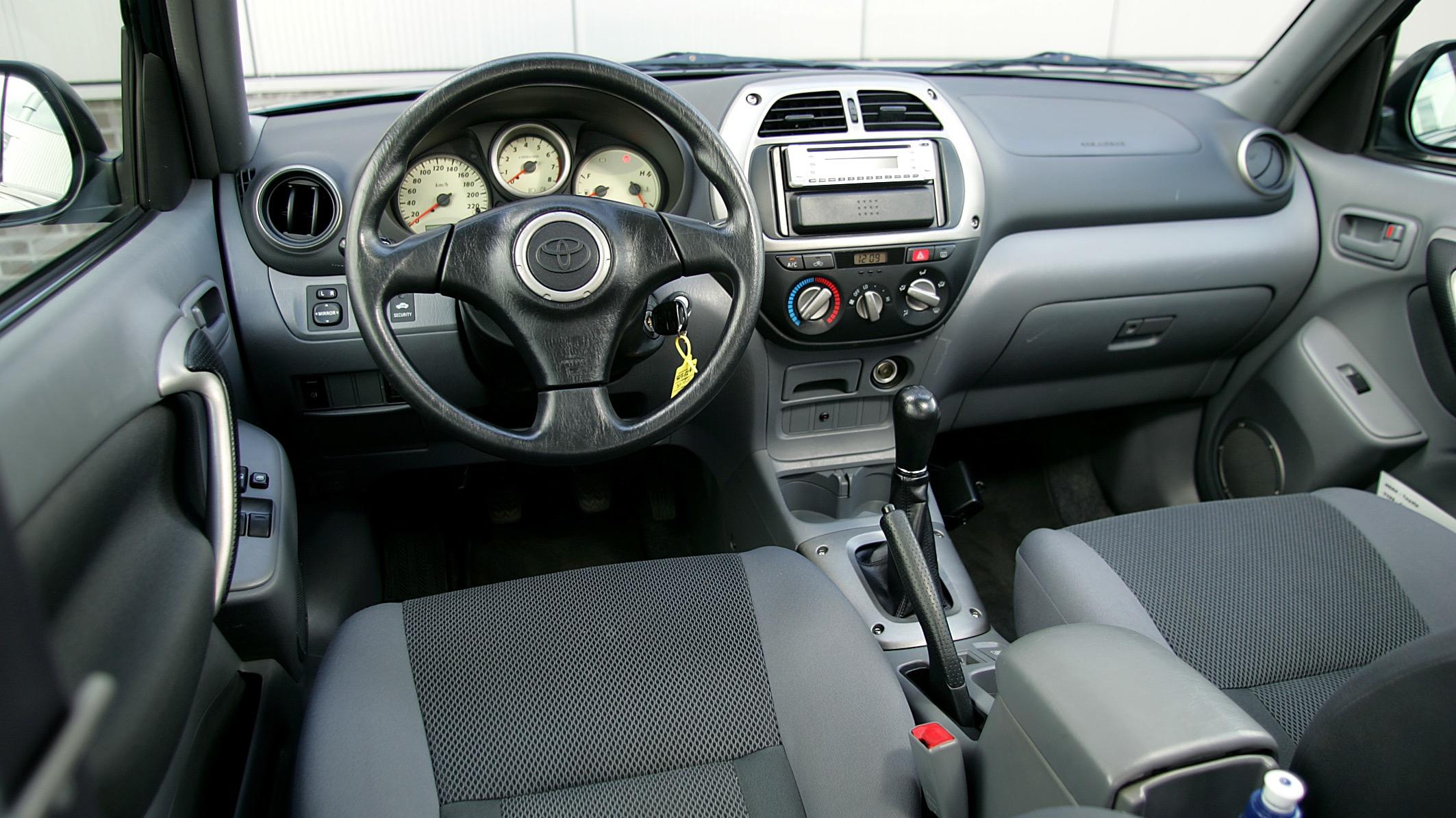 Toyota Rav4 2 0vvti 110kw 4wd Auto Informatie Anwb