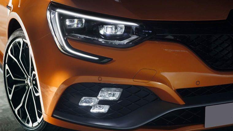 Alles over soorten autoverlichting - ANWB
