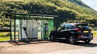 Nieuw van Pharos: elektrische autorondreizen