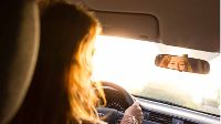 Pas op voor laagstaande zon in het verkeer